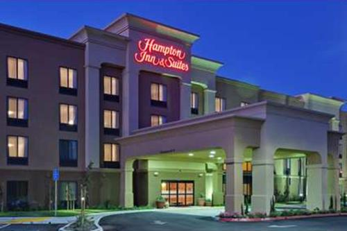Hampton Inn & Suites Fresno - Northwest Photo