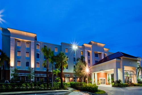 Hampton Inn & Suites Stuart - North
