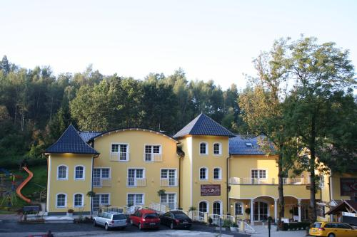 Gasthof & Hotel Zum Grnen Wald