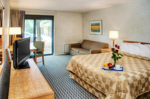 Comfort Inn Bridgewater Photo