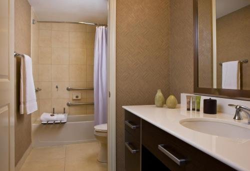 Residence Inn by Marriott Fort Lauderdale Intracoastal Photo