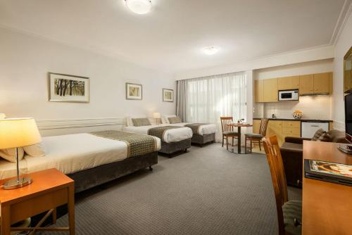 Quality Suites Beaumont Kew photo 8