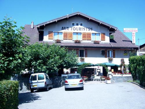 Htel Restaurant Aux Touristes