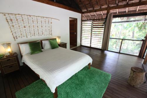 Divi's Jungle Bungalows, Les Lagunes