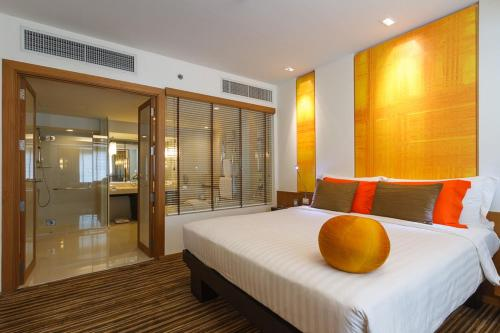 DusitD2 Chiang Mai Hotel, Chiang Mai, Thailand, picture 13