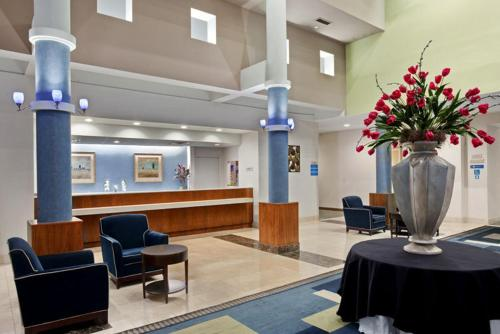 Radisson Hotel at The University of Toledo Photo