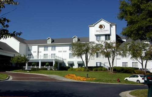 DoubleTree by Hilton Raleigh Durham Airport at Research Triangle Park Photo