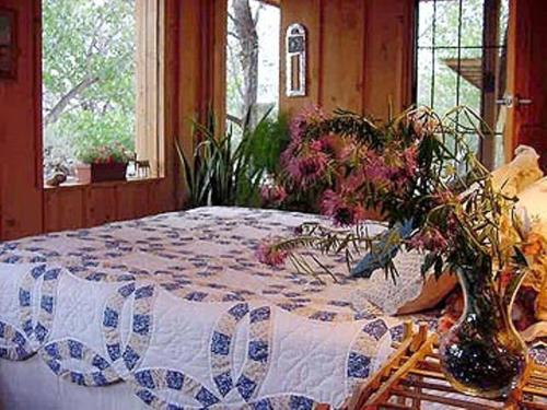 Silver River Adobe Inn Bed and Breakfast Photo