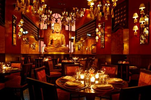 Buddha-Bar Hotel Budapest Klotild Palace photo 13