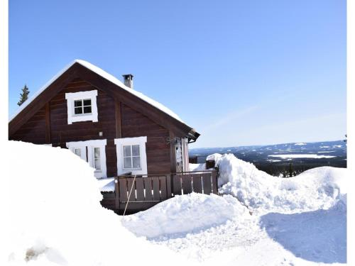 Three-Bedroom Apartment in Sjusjoen, Sjusjøen