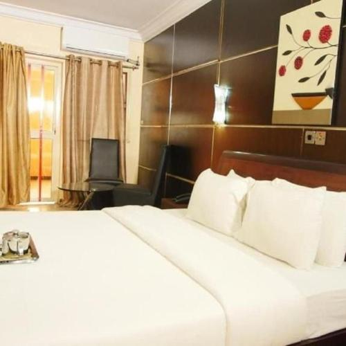 Swanky Suites in Grandview, Ikeja