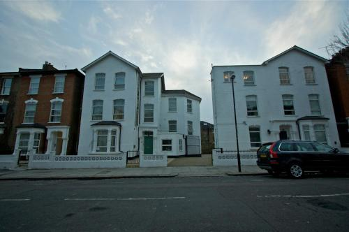 Gloucester Hotel in North london from £59