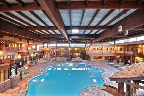 Clarion Hotel And Conference Center - Columbus, IN 47201