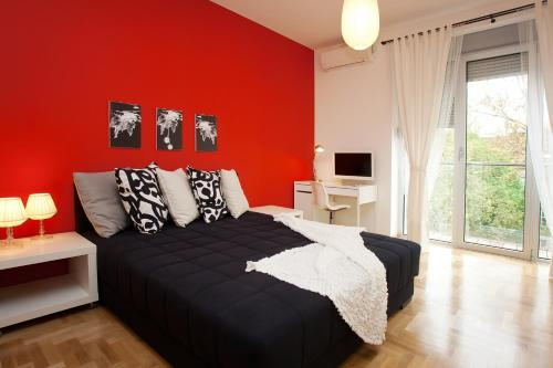 Boutique Apartments 360º - Two-Bedroom Apartment - Kneza Mihaila street (4 Adults) - Property number: 524258