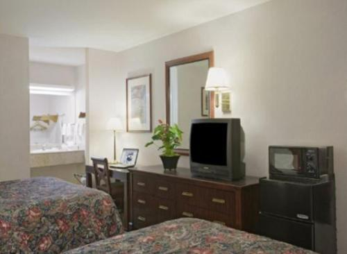 Americas Best Value Inn And Suites Wine Country - Santa Rosa, CA 95403