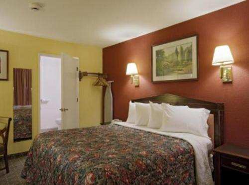 Americas Best Value Inn & Suites - Wine Country Photo
