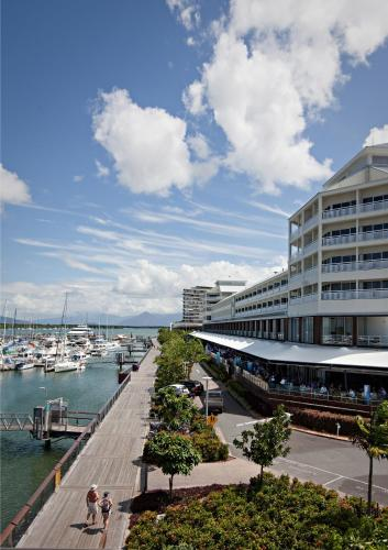 Shangri-La Hotel The Marina Cairns photo 5