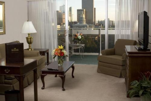 The Burnsley All Suite Hotel