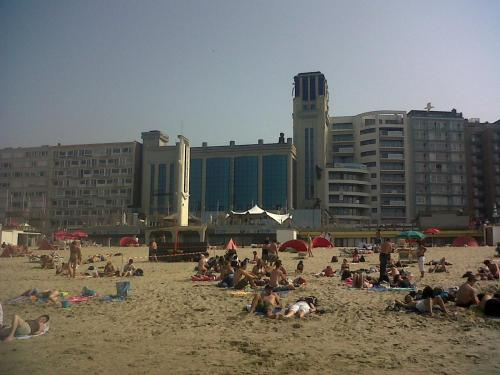 Center avenue studio apartment, Blankenberge