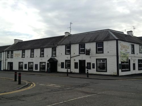 Photo of The Bridge Inn Hotel Bed and Breakfast Accommodation in Tillicoultry Clackmannanshire