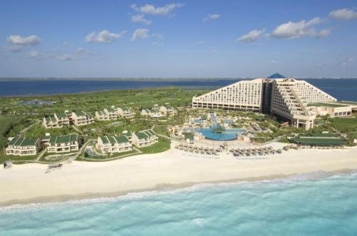 Hilton Cancun Golf and Spa Resort Photo