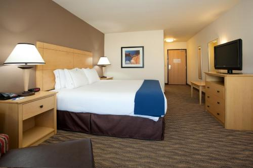 Holiday Inn Express West Valley City Photo