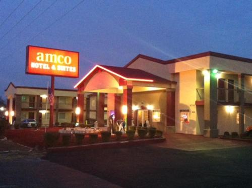 Amco Hotel And Suites