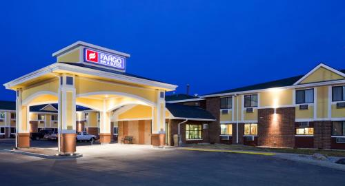 Photo of Fargo Inn And Suites hotel in Fargo