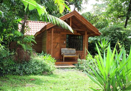 Arenal Oasis Eco Lodge & Wildlife Refuge Photo