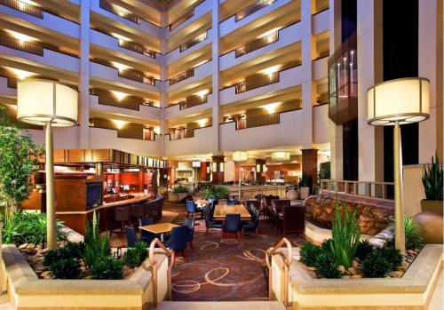 Sheraton Sioux Falls & Convention Center Photo