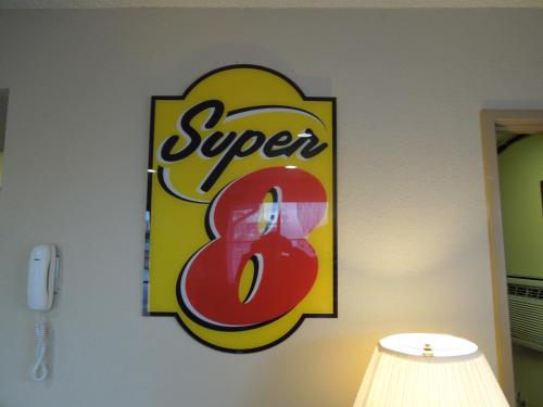 Super 8 Harrisonburg Photo