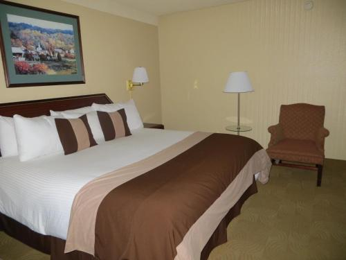 AAE Denver Ramada photo 6