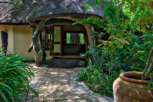 Royal Tree Lodge, Maun