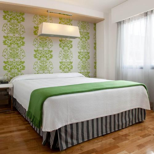 NH Suites Prisma Madrid