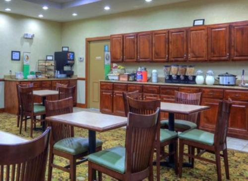 Country Inn & Suites By Carlson - Princeton Photo