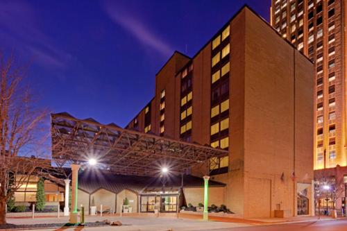 Holiday Inn Allentown Center City Photo