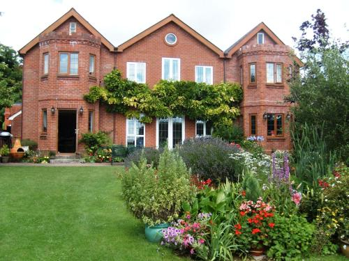 B And B Amesbury Stonehenge Mandalay  Bed  amp Breakfast