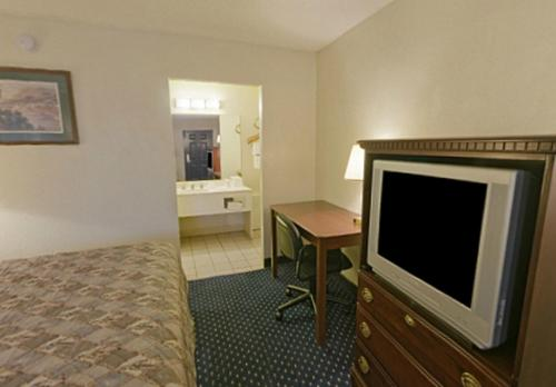 Americas Best Value Inn Fort Worth/Hurst Photo