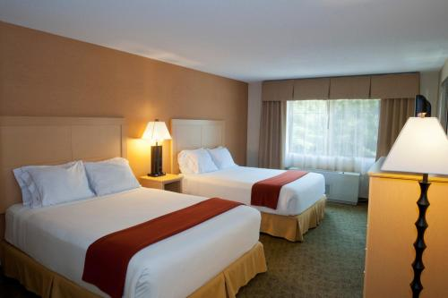 Holiday Inn Express Hotel & Suites North Conway Photo