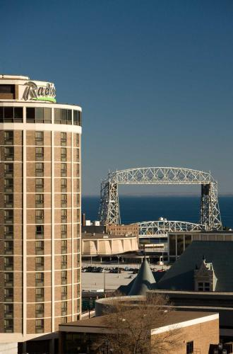 Radisson Hotel Duluth-Harborview Photo