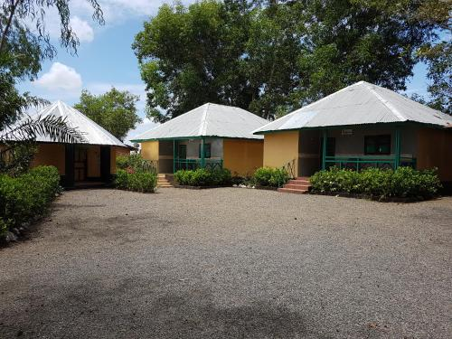 Kambia Africana Village Hotel, New England