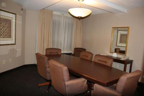 Holiday Inn Budd Lake - Rockaway Area Photo