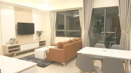 Anh's luxurious apartment, Ho Chi Minh