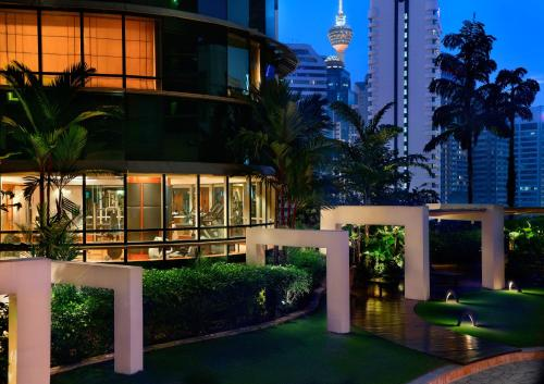 Pullman Kuala Lumpur City Centre Hotel & Residences photo 3