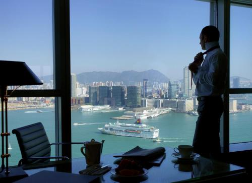 Four Seasons Hotel Hong Kong photo 8