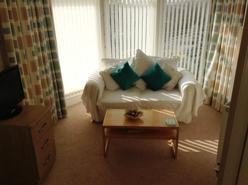 Aberlaw Guest House (B&B)