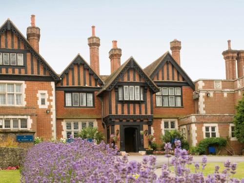 Macdonald Elmers Court Hotel & Resort Lymington