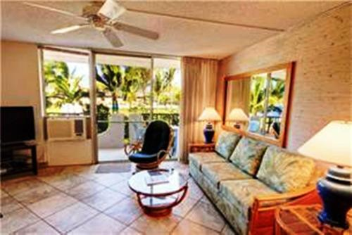Nani Kai Hale by Maui Condo and Home Photo