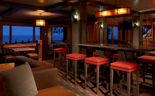 Sunnyside Resort And Lodge - Tahoe City, CA 96145