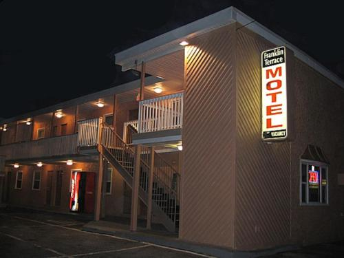 Franklin Terrace Motel Photo